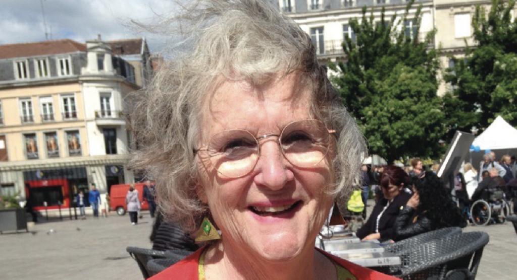 38 - Emmanuelle Avignon